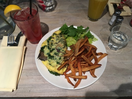 The vegetable omelette with a side of fries at Sanctuary T